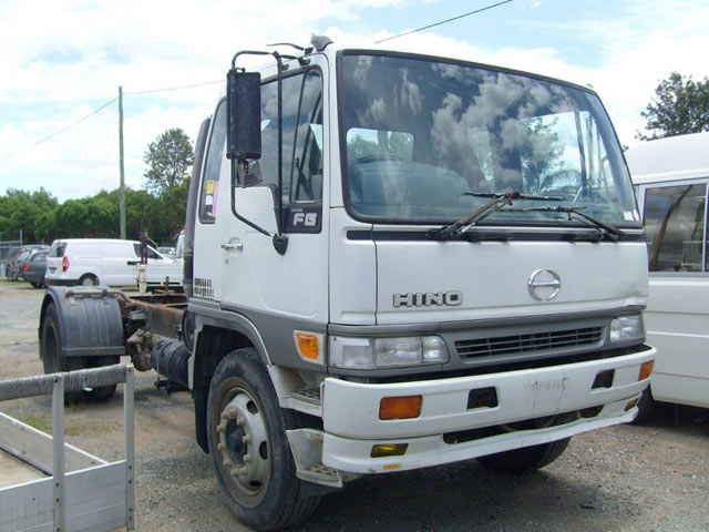 hino truck wreckers melbourne